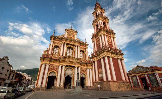 Старинный город Сальта в Аргентине