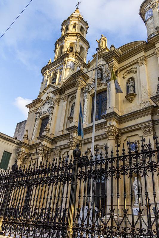 37. А самым красивым является церковный приход San Pedro González Telmo.