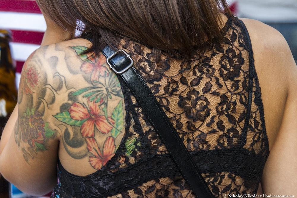 42. Иногда складывается  впечатление, что людей с татуировками в Аргентине больше чем без них.