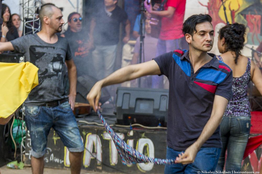 44. И, как не удивительно, здесь можно понять, что танго – далеко не единственный танец, который популярен в Аргентине.