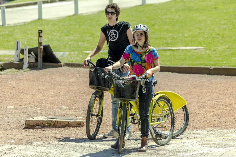 15. Велосипеды муниципалитета Буэнос-Айреса очень легко вычислить: как и все, что связано с правительством города, они выкрашены в желтый цвет.