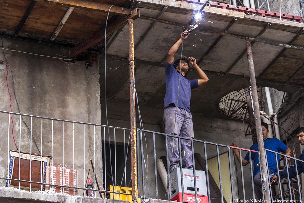 31. Практически везде идет стройка. Удивительно, здесь больше строек, чем доводилось видеть в самом Буэнос-Айресе.