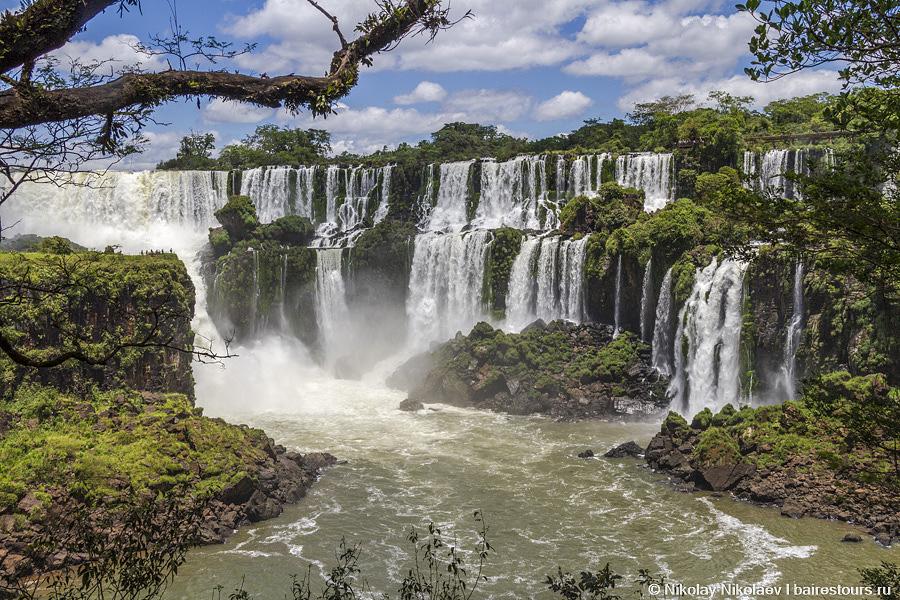 32. В общей сложности в Игуасу более 270 водопадов!!!