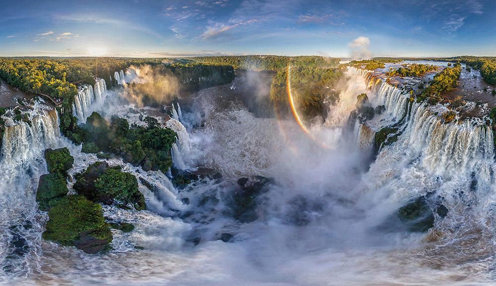 Комплекс водопадов Игуасу, Аргентина - Бразилия
