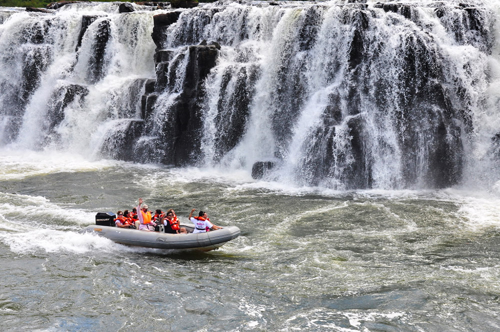 Водопад Мокона в Аргентине