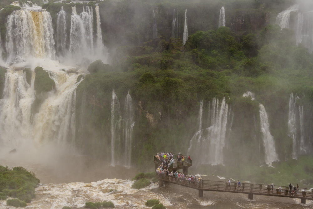 В царстве падающей воды